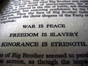 1984 and brave new world thesis