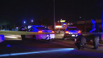 Dallas Police Officer Shoots 2 People in Restaurant Parking Lot Altercation