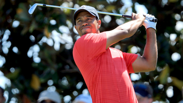 Tiger Woods Wins Arnold Palmer