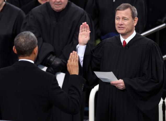 Justice John Roberts' Lesbian Cousin to attend gay marriage argument