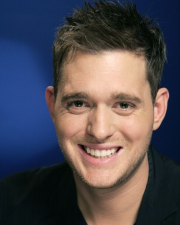 Michael Bublé Proves he has the Voice with A Cappella Performance in NYC Subway