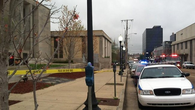 Suspect and Police Man Dead in Jackson Mississippi Police Department