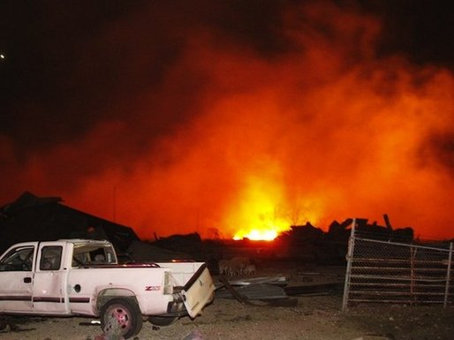 Fuel barge explosions east side of Mobile River 3 injured