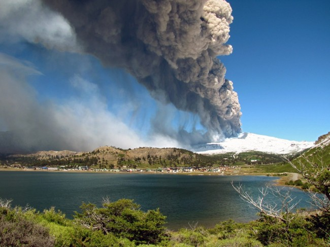 Volcano Copahue Causes Emergency Evacuations in Chile