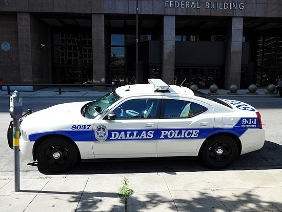 1.1277813503.dallas-police-car
