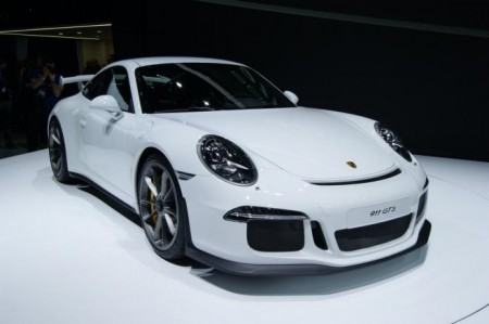 The New Porsche 911 Turbo (video)