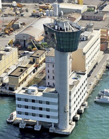 Ship Accident in Genoa, Seven Confirmed Dead