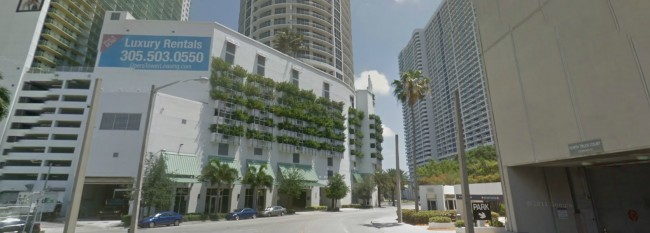 Miami multiple persons shot at high-rise apartment