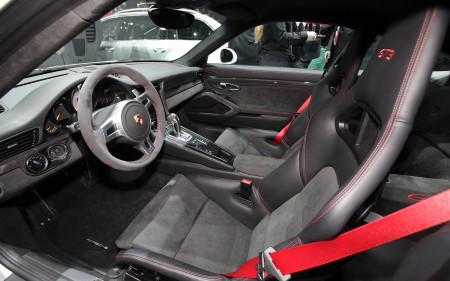 The New Porsche 911 Turbo (video)
