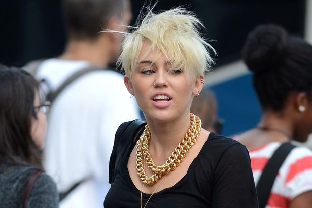 Miley Cyrus The punk with feminism