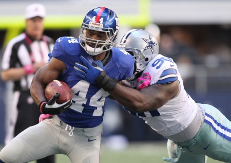 Ahmad Bradshaw is no longer a free agent, joining the Indianapolis Colts today.