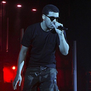 Drake Mysteriously Pulls Out From BET Awards, Producers Scrambling
