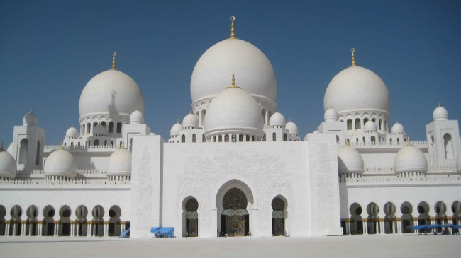 grand-mosque-from-courtyard