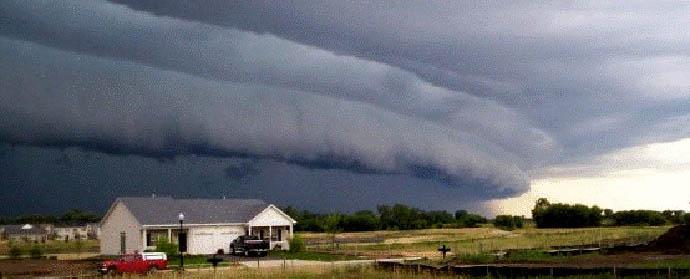 storm-derecho-disaster-gigantic.si-2