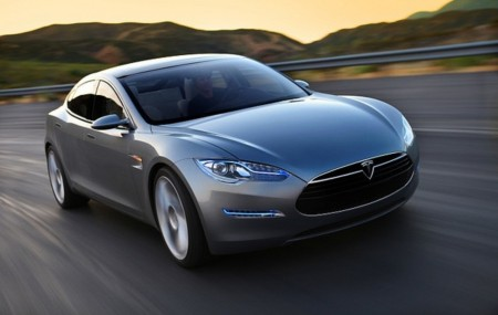 Tesla hopes to revolutionize the way we think about electric cars with its new 90 second battery swapping stations.