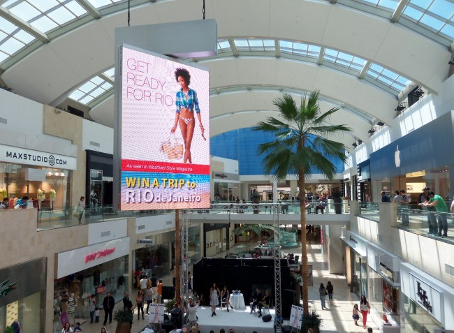 Los Angeles: 19-year-old Kidnap and Sexual Assault at Westfield Topanga Mall