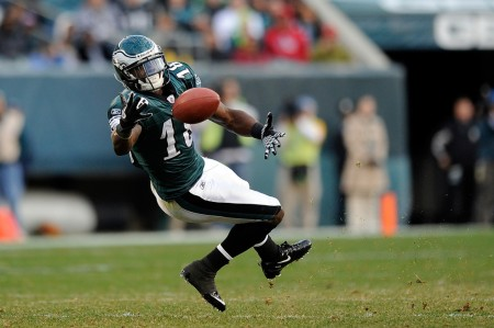 Philadelphia Eagles receiver Jeremy Maclin has torn his ACL and will likely miss the entire season.