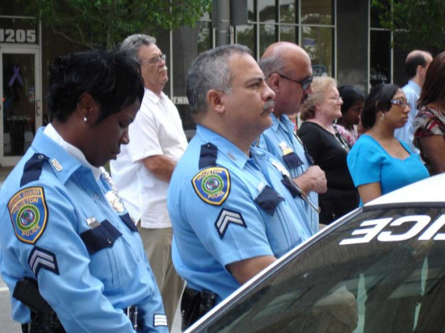 Houston Police Rescued Eight People kept in Captivity for Ten Years.