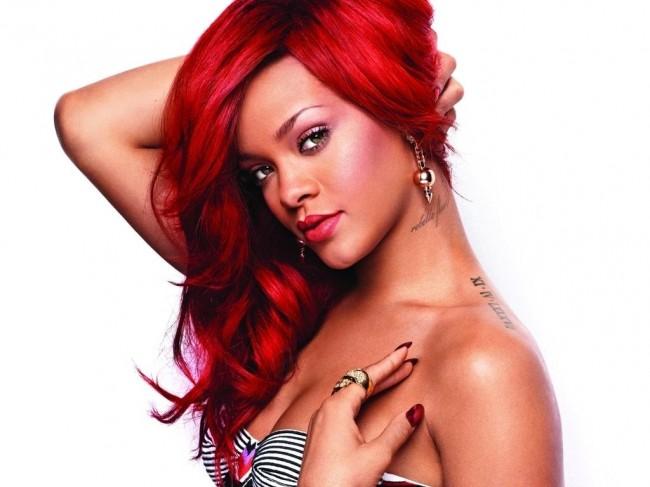 Rihanna diamond grill