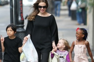 Angelina Jolie and Daughter Vivienne to Appear in Disney Film Maleficent