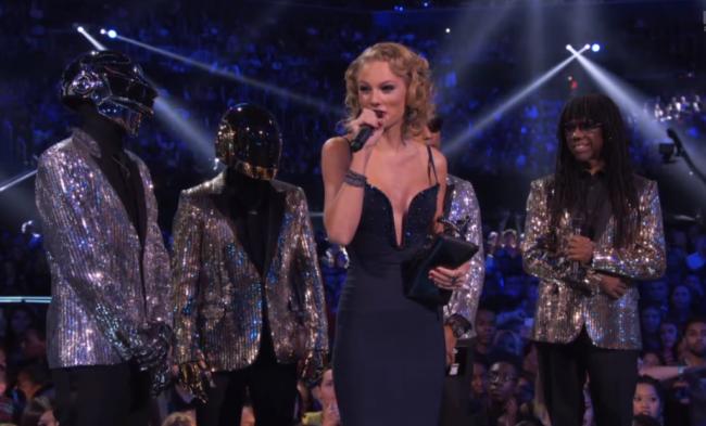 Taylor Swift at VMA Awards