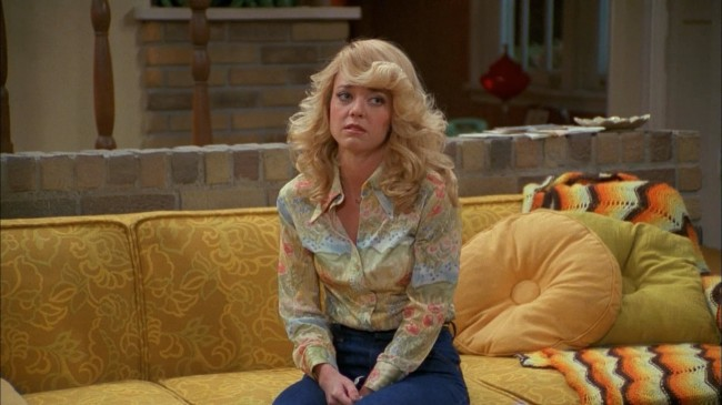 lisa robin kelly, laurie forman, that 70's show, dead, entertainment, braking news
