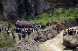 Guatemala Bus Slides off Cliff Killing at Least 43 Passengers [video]