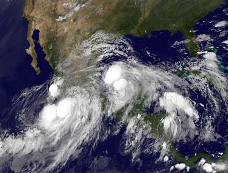 Hurricane Manuel Breaking News