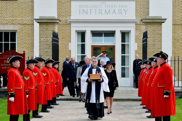 Margaret Thatcher Ashes Interred in Londaon