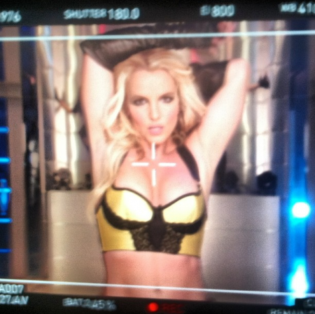 Britney Spears Reveals Artwork for 'Work B*tch'