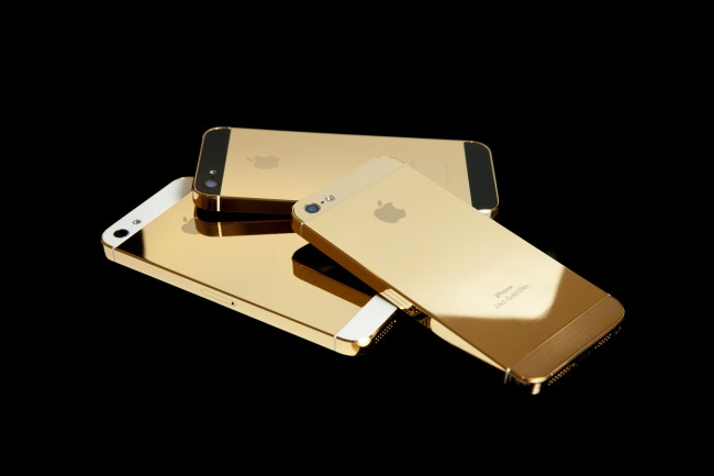 Gold iPhone 5S Joking Referred to as 'The Kardashian'S, sells for $10,000