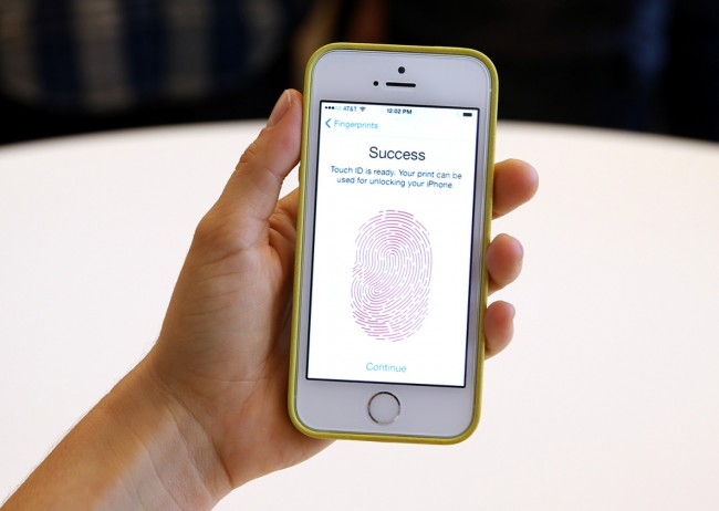 iPhone 5S Fingerprint Scanner Hacked