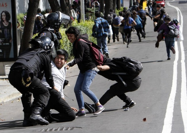 Riots in Mexico, Dilemma of Education Reform