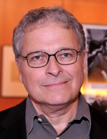 Lawrence Kasdan will replace Michael Arndt for Star Wars 7
