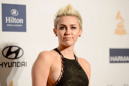 Miley Cyrus Confesses to Murdering Hannah Montana