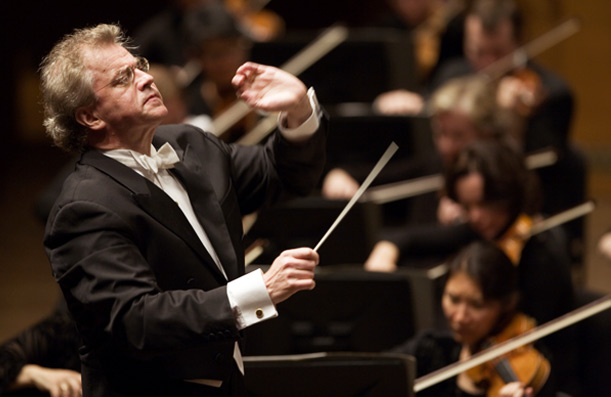 Minnesota Orchestra Music Director Resigns, Contract Dispute Continues