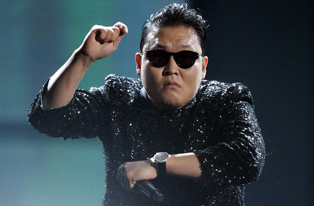 YouTube Music Awards PSY Dances
