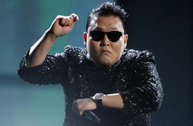 YouTube Music Awards PSY Dances