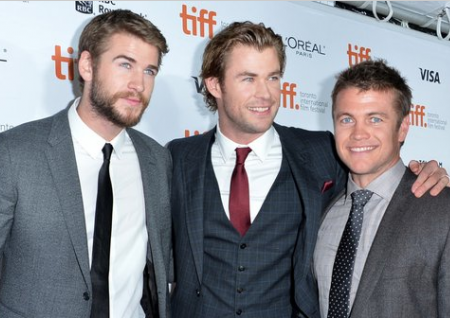 Family photo of the actor, married to Samantha Hemsworth, famous for Infini.