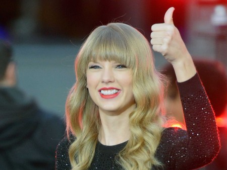 Taylor Swift Proves Education is Worth Millions