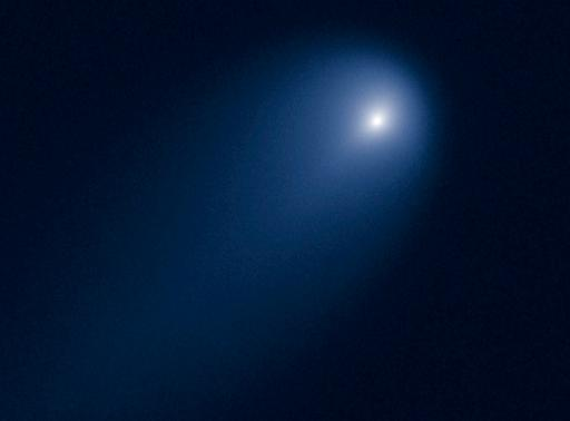 Comet ISON still in one piece