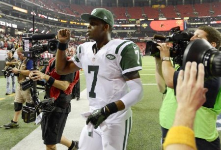Geno Smith has impressed early, leading the Jets to a 3-2 start and showing he can win a game in the fourth quarter.