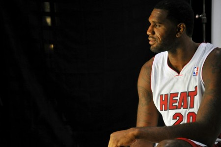 Greg Oden made his Miami Heat preseason debut, highlighted by a dunk against the Pelicans.