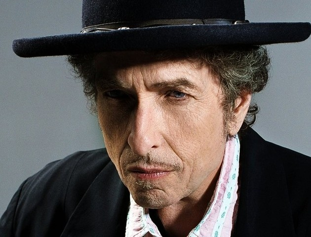 Bob Dylan is showing just how a rolling stone gathers no moss with the release of the new Like a Rolling Stone music video.