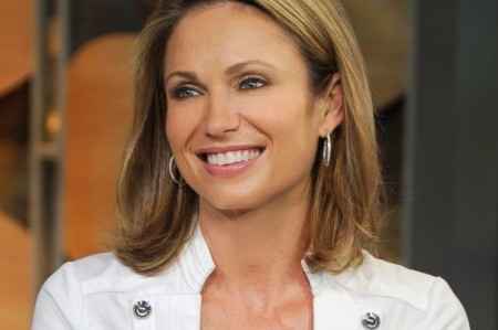 Amy Robach Urges Women to Get Cancer Check