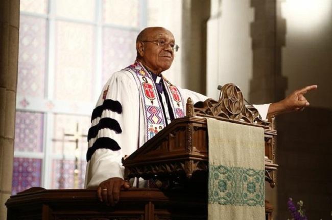 Bishop Melvin Talbert performs same-sex marriage