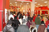 Black Friday Terrorist Threats Fail to Deter Shoppers