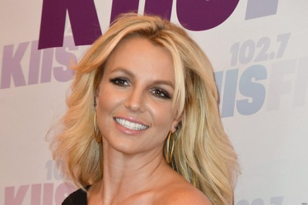 Britney Spears Deserves Applause and Respect for Renewing Herself