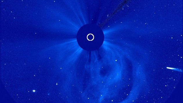 Comet ISON May Have Lived Through Sun Encounter after Al