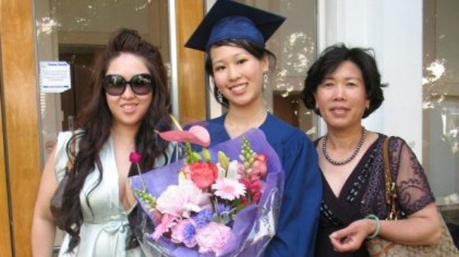 Was Elisa Lam murdered by a ghost? Many on the internet seem to think so.  The latest viral meme on Facebook is the story of a Canadian woman named Elisa  Lam ...